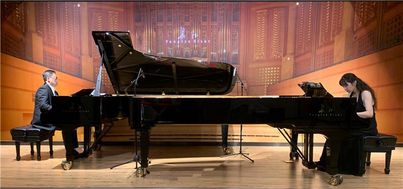 """李世卫、董海珠-""""叠艺""""纪念贝多芬诞辰二百五十周年专场钢琴重奏公益音乐会.jpg"""